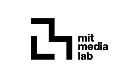Identidad dinámica para el MIT Media Lab.