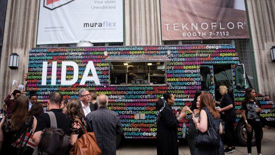 Camión de IIDA en el evento NeoCon